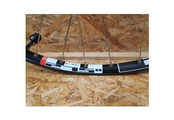 Zapletené kolo DT Swiss - XR 1450 Race Edition 15mm přední - 1